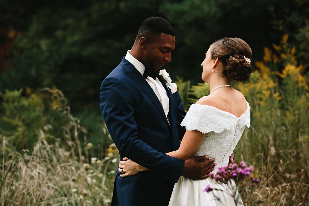 cleveland-wedding-photographers-rustic-outdoor-vintage-farm-65.jpg