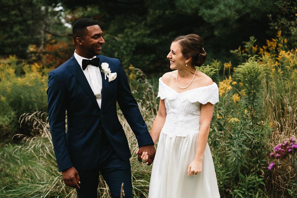 cleveland-wedding-photographers-rustic-outdoor-vintage-farm-69.jpg