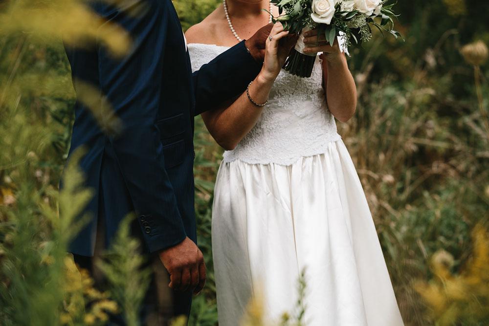 cleveland-wedding-photographers-rustic-outdoor-vintage-farm-70.jpg