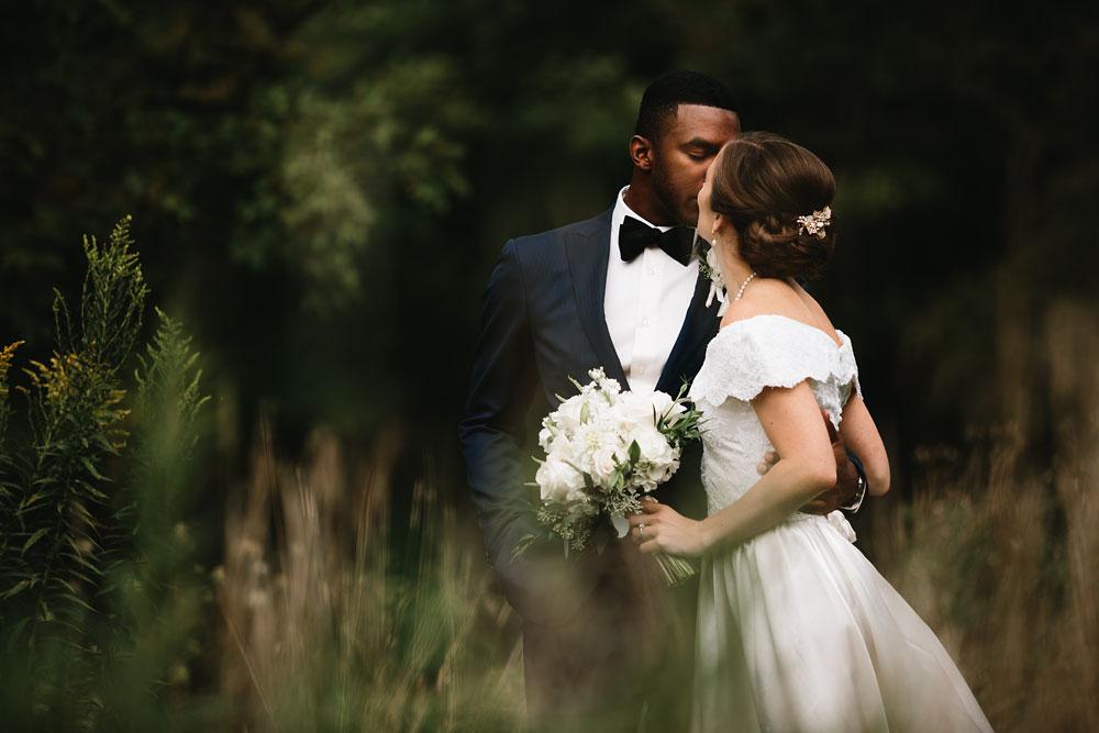 cleveland-wedding-photographers-rustic-outdoor-vintage-farm-74.jpg