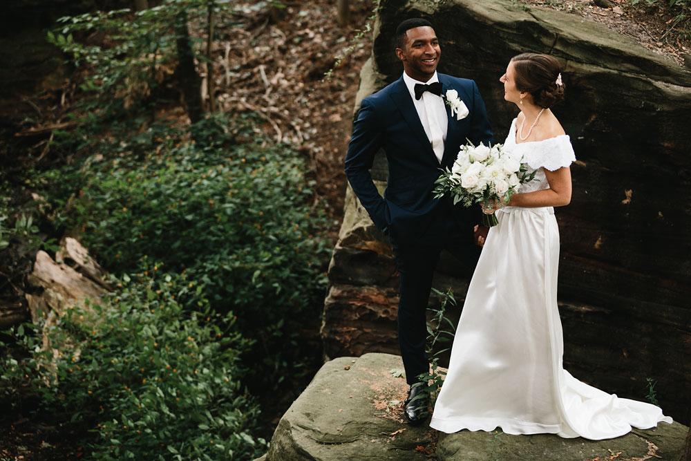 cleveland-wedding-photographers-rustic-outdoor-vintage-farm-99.jpg