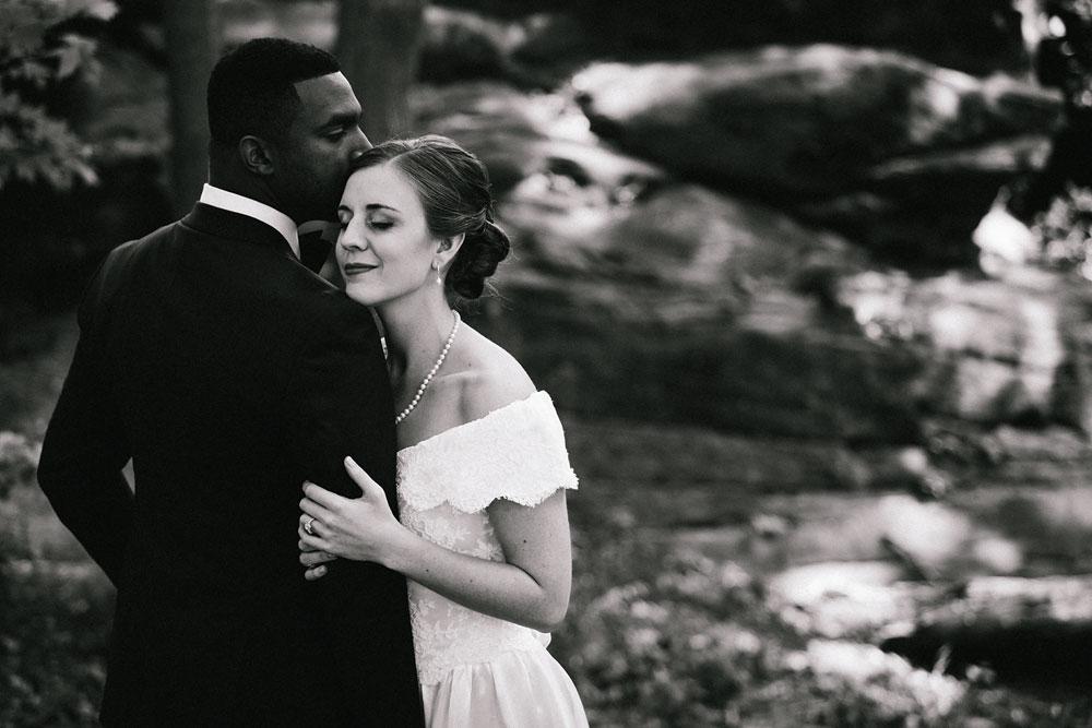 cleveland-wedding-photographers-rustic-outdoor-vintage-farm-101.jpg