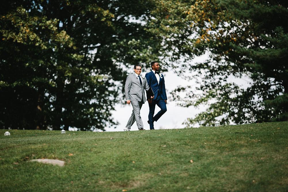 cleveland-wedding-photographers-rustic-outdoor-vintage-farm-114.jpg