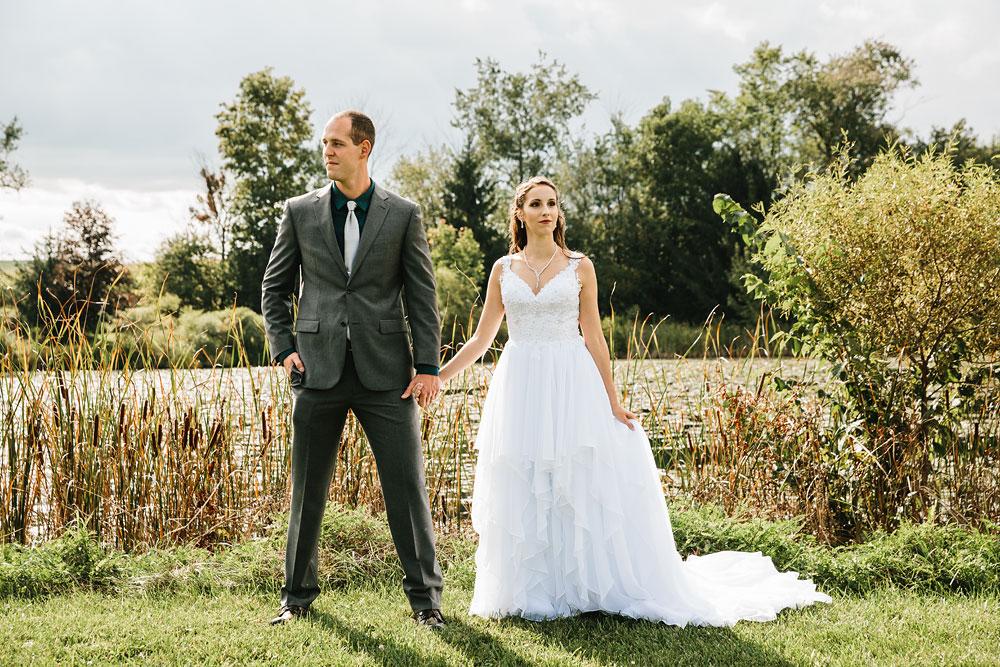 cleveland-wedding-photographers-mohican-gardens-greenhouse-outdoor-vintage-wedding-21.jpg