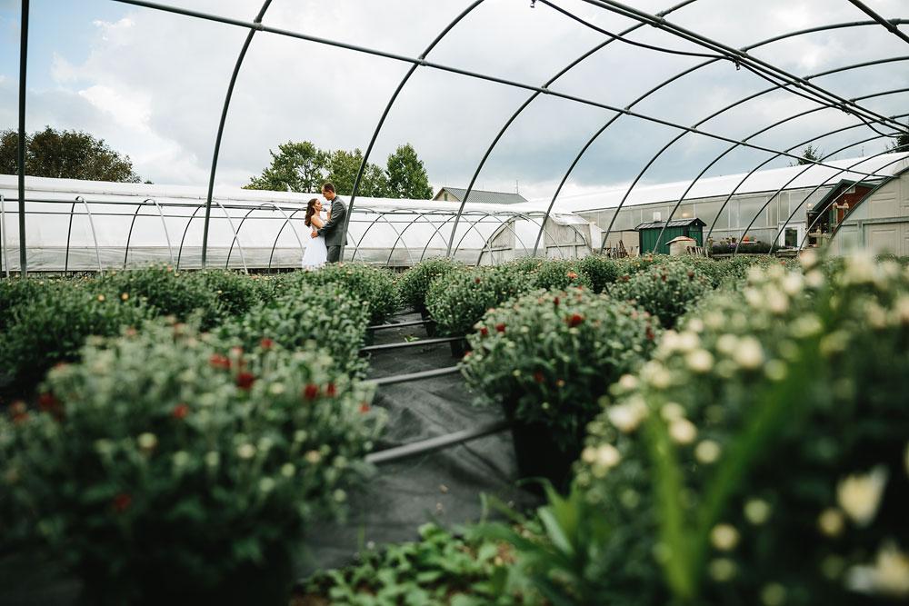 cleveland-wedding-photographers-mohican-gardens-greenhouse-outdoor-vintage-wedding-35.jpg