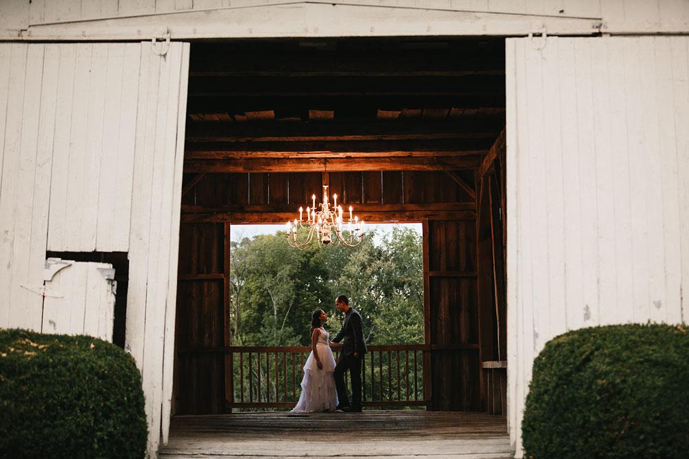 cleveland-wedding-photographers-mohican-gardens-greenhouse-outdoor-vintage-wedding-71.jpg