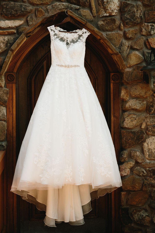 cleveland-wedding-photographers-landolls-mohican-castle-central-ohio-1.jpg