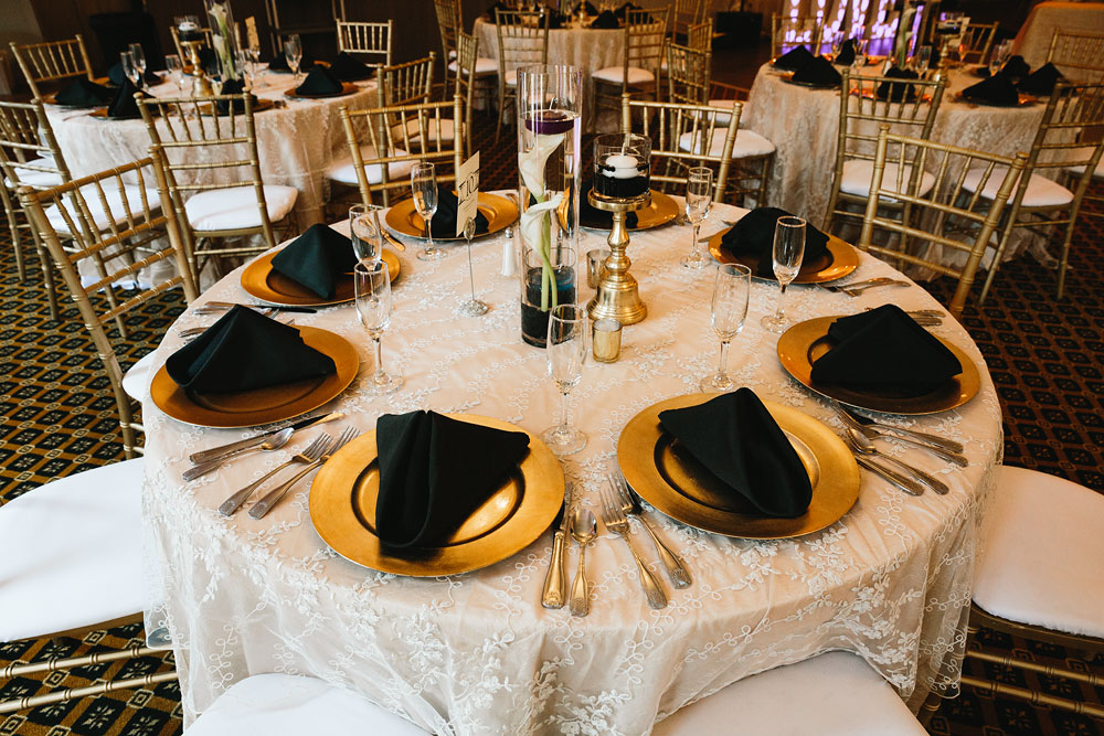 cleveland-wedding-photographers-landolls-mohican-castle-central-ohio-7.jpg