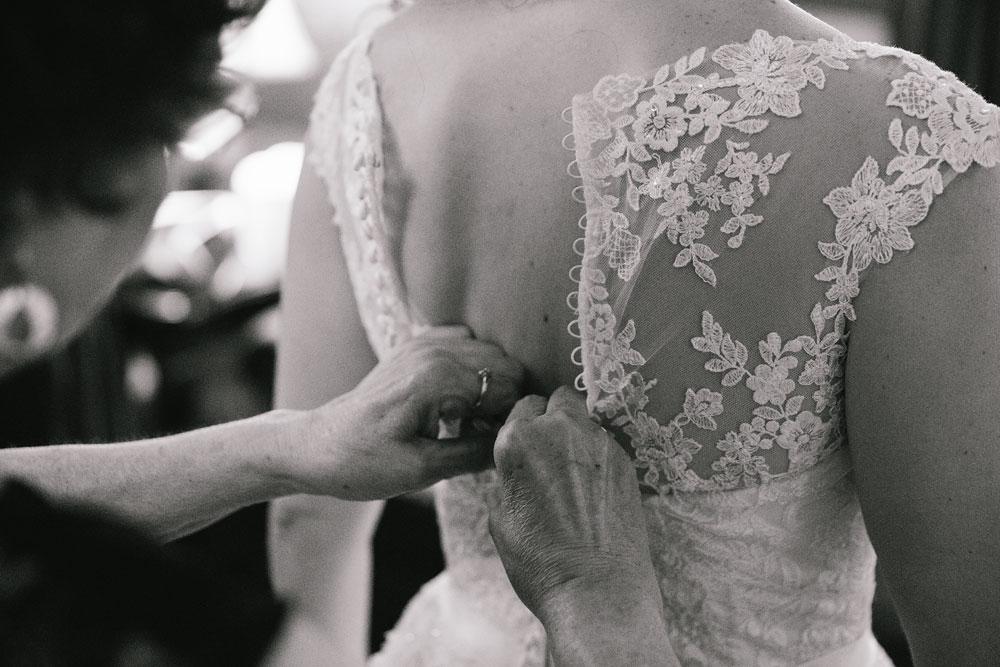 cleveland-wedding-photographers-landolls-mohican-castle-central-ohio-17.jpg