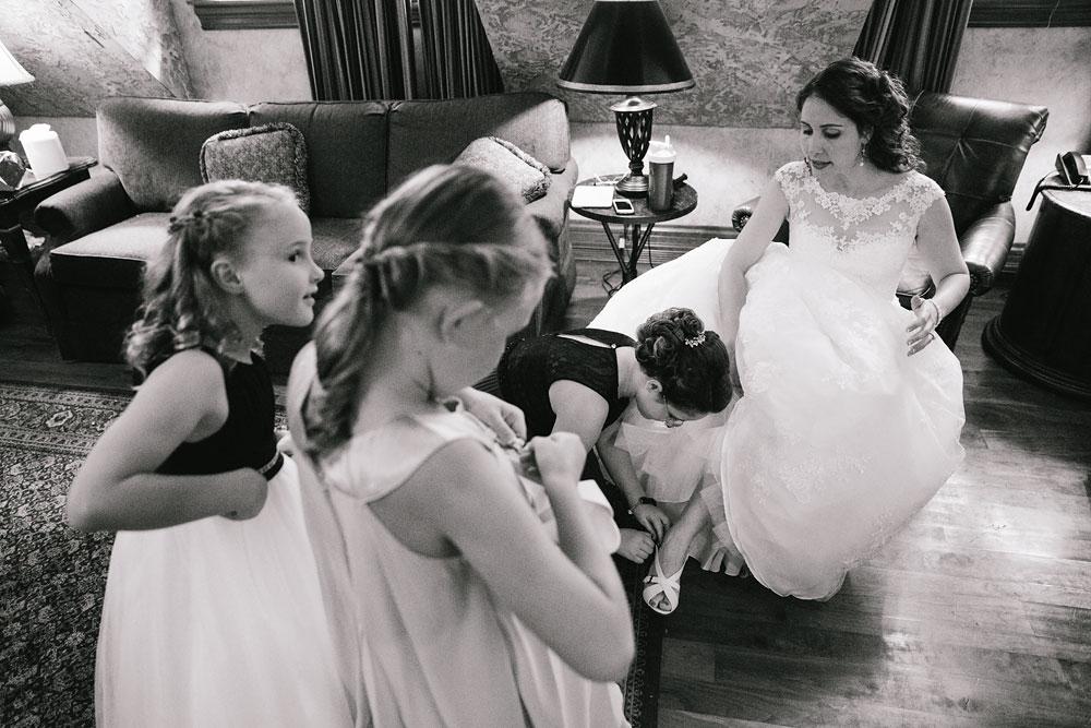 cleveland-wedding-photographers-landolls-mohican-castle-central-ohio-19.jpg