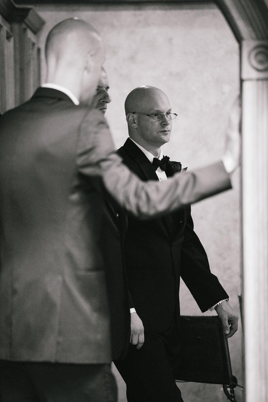cleveland-wedding-photographers-landolls-mohican-castle-central-ohio-26.jpg