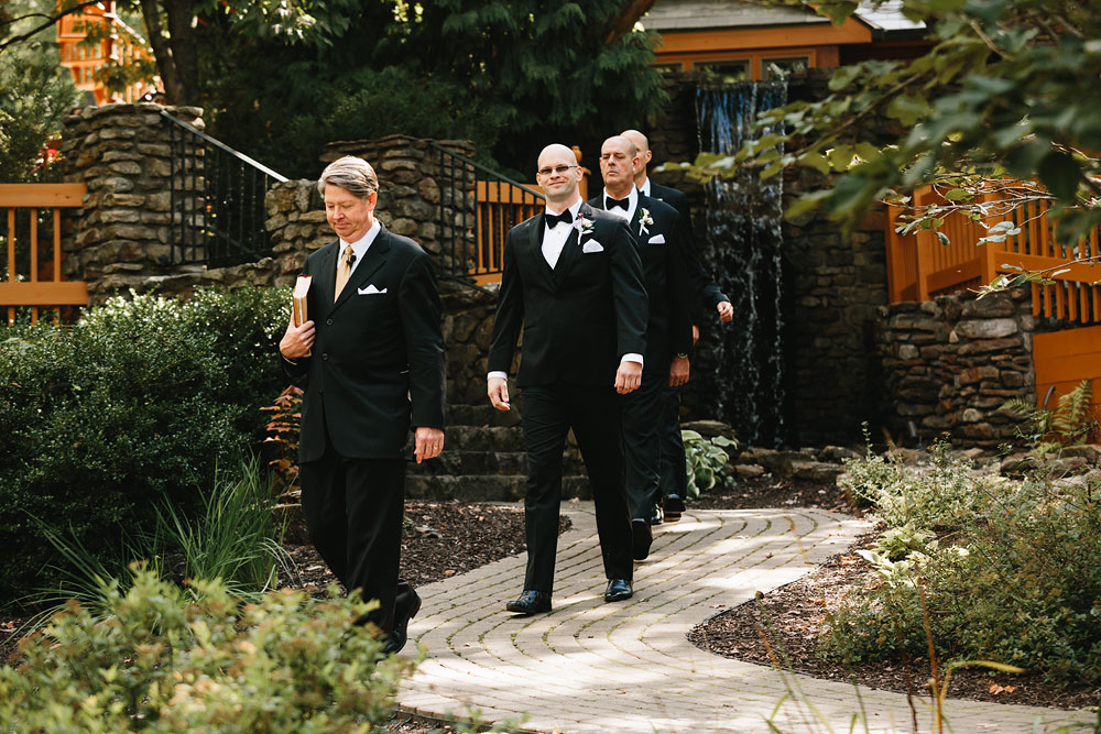cleveland-wedding-photographers-landolls-mohican-castle-central-ohio-30.jpg