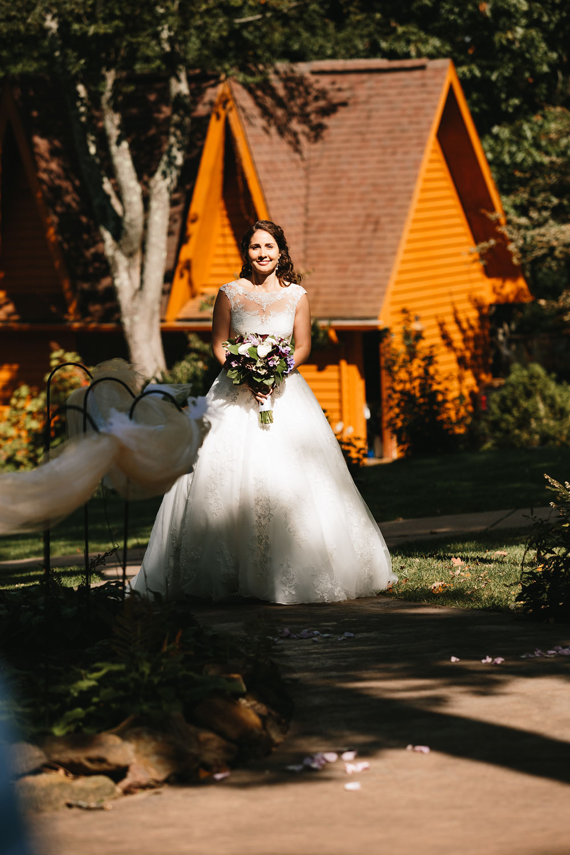 cleveland-wedding-photographers-landolls-mohican-castle-central-ohio-31.jpg
