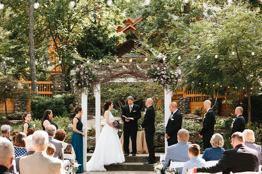 cleveland-wedding-photographers-landolls-mohican-castle-central-ohio-34.jpg
