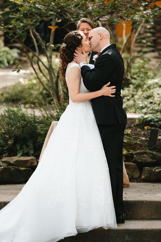 cleveland-wedding-photographers-landolls-mohican-castle-central-ohio-36.jpg