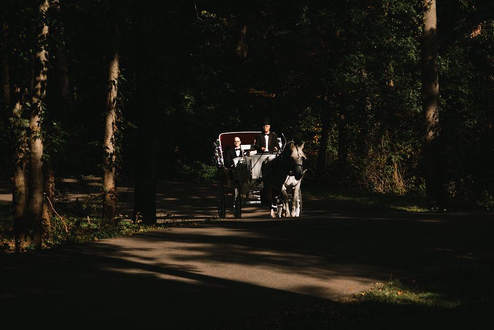 cleveland-wedding-photographers-landolls-mohican-castle-central-ohio-41.jpg