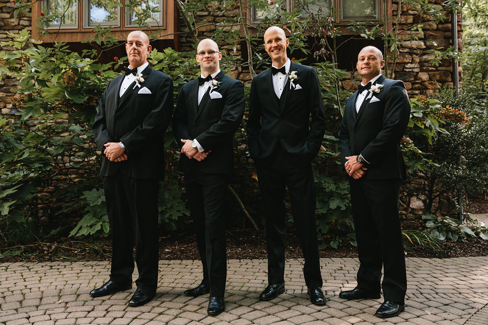 cleveland-wedding-photographers-landolls-mohican-castle-central-ohio-49.jpg