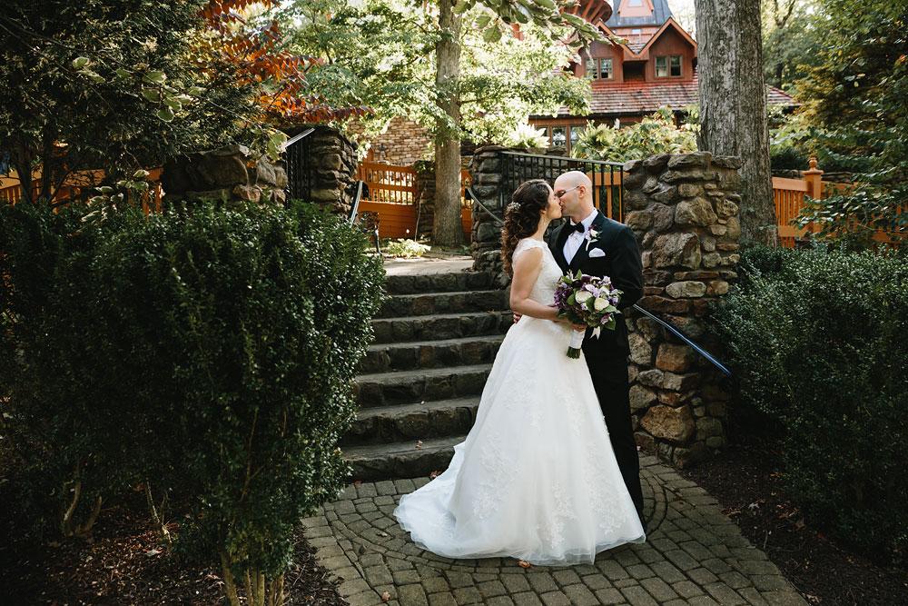 cleveland-wedding-photographers-landolls-mohican-castle-central-ohio-52.jpg