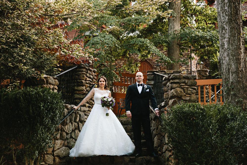 cleveland-wedding-photographers-landolls-mohican-castle-central-ohio-55.jpg