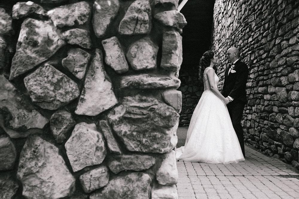 cleveland-wedding-photographers-landolls-mohican-castle-central-ohio-60.jpg