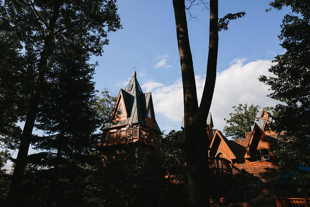 cleveland-wedding-photographers-landolls-mohican-castle-central-ohio-66.jpg