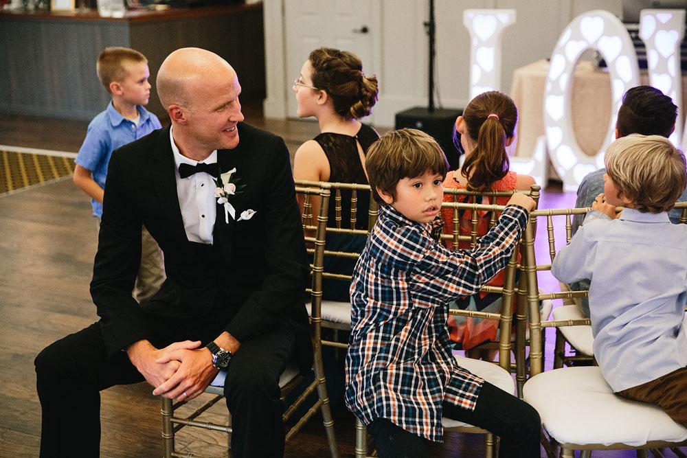 cleveland-wedding-photographers-landolls-mohican-castle-central-ohio-81.jpg