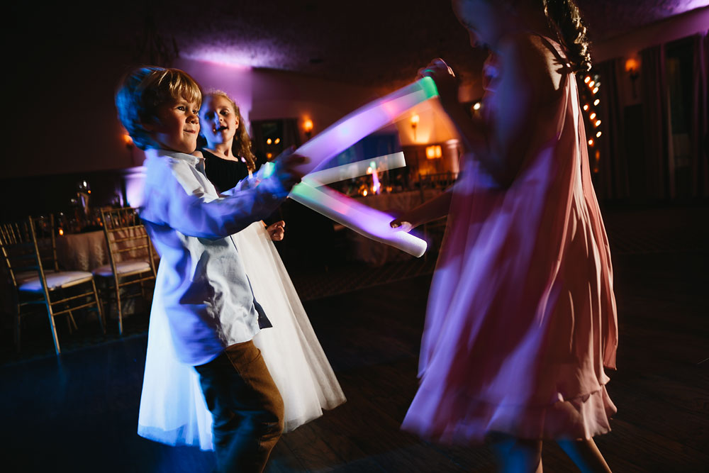 cleveland-wedding-photographers-landolls-mohican-castle-central-ohio-90.jpg