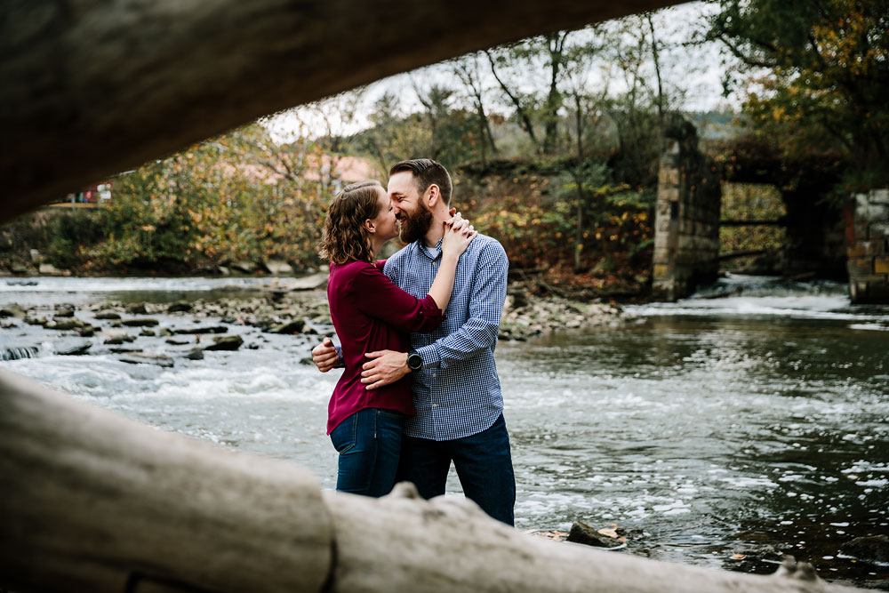 cuyahoga-valley-national-park-engagement-photography-peninsula-ohio-27.jpg