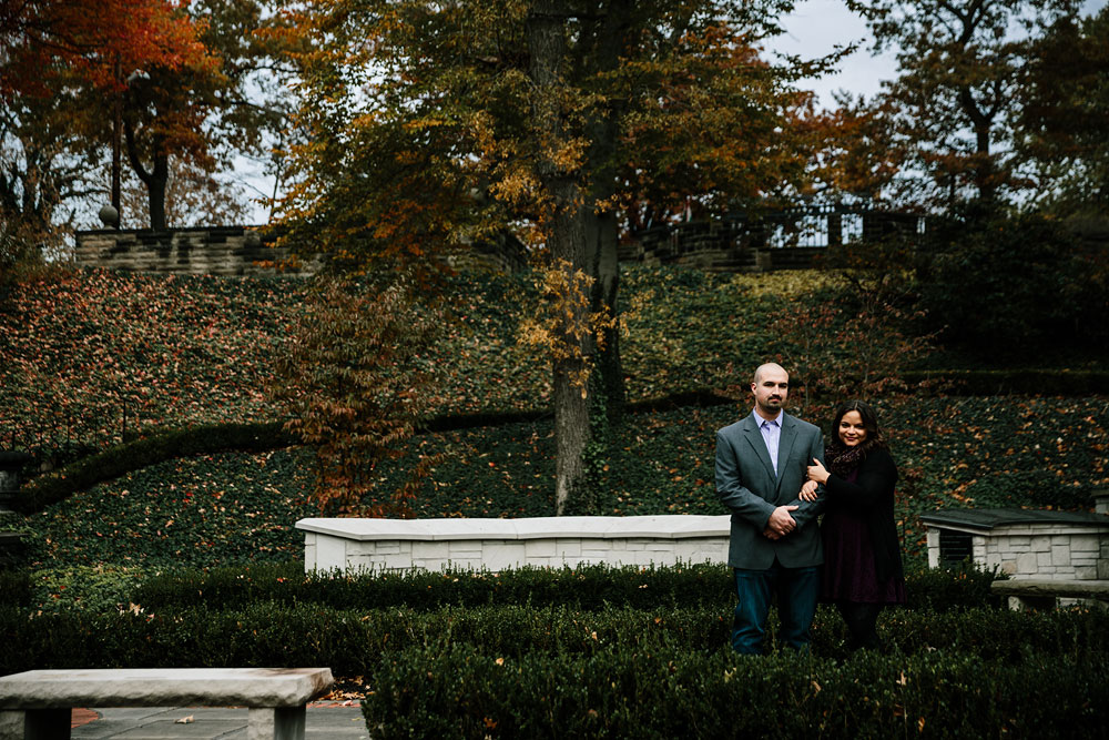 cleveland-ohio-wedding-engagement-photographers-mlk-cultural-gardens-10.jpg