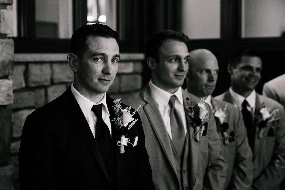 cleveland-wedding-photographer-stonewater-golf-country-club-highland-hights-ohio-34.jpg