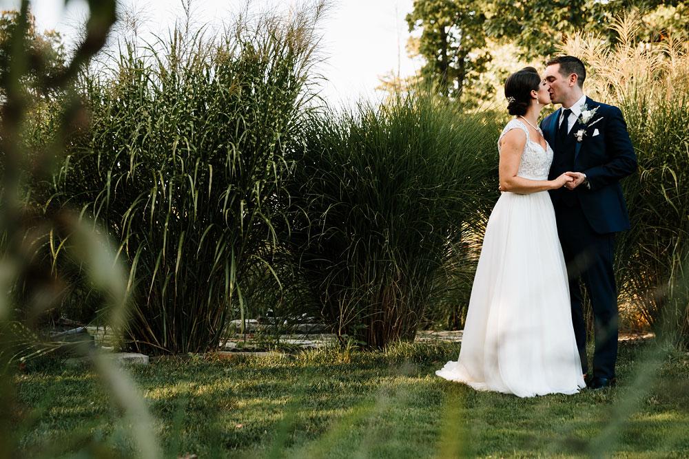 cleveland-wedding-photographer-stonewater-golf-country-club-highland-hights-ohio-54.jpg
