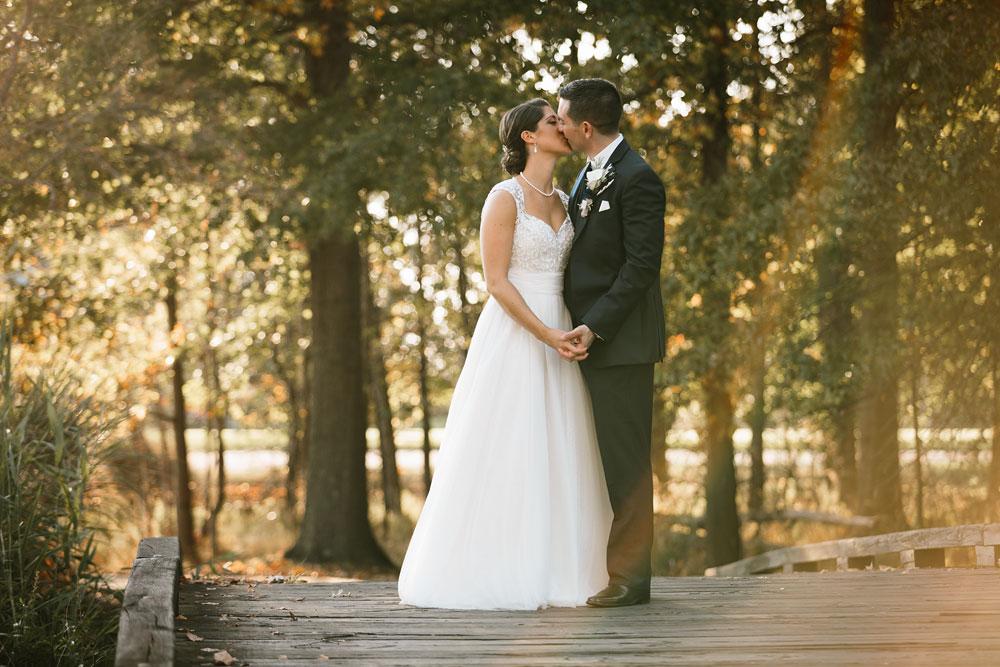 cleveland-wedding-photographer-stonewater-golf-country-club-highland-hights-ohio-63.jpg
