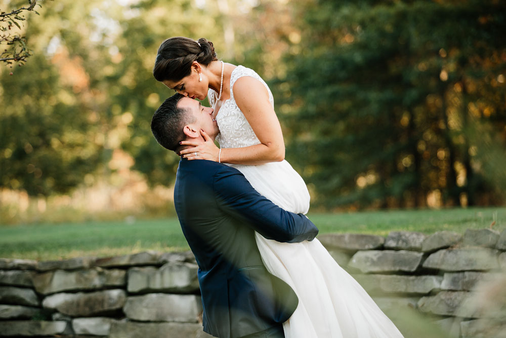 cleveland-wedding-photographer-stonewater-golf-country-club-highland-hights-ohio-68.jpg