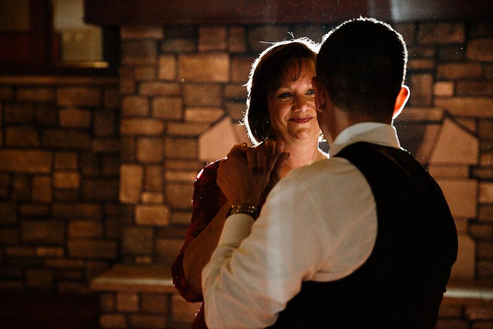 cleveland-wedding-photographer-stonewater-golf-country-club-highland-hights-ohio-90.jpg