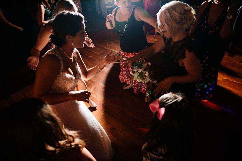cleveland-wedding-photographer-stonewater-golf-country-club-highland-hights-ohio-116.jpg