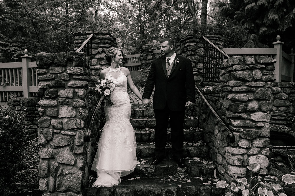 cleveland-wedding-photographer-black-and-white-photography-fine-art-photography-central-ohio-37.jpg