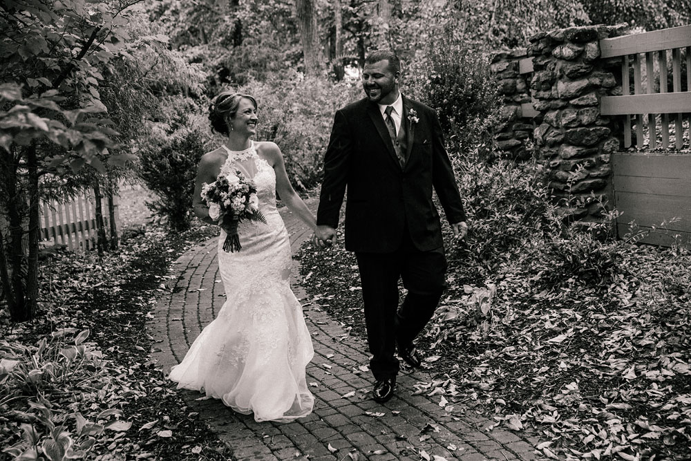 cleveland-wedding-photographer-black-and-white-photography-fine-art-photography-central-ohio-38.jpg