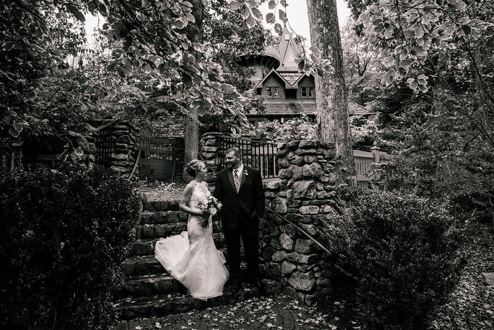 cleveland-wedding-photographer-black-and-white-photography-fine-art-photography-central-ohio-45.jpg