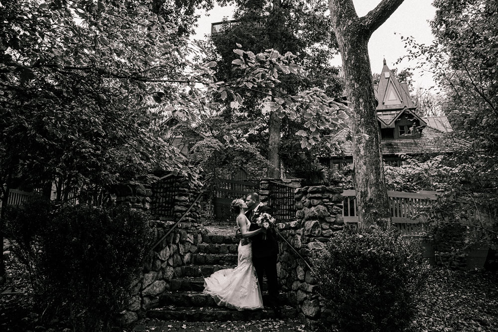 cleveland-wedding-photographer-black-and-white-photography-fine-art-photography-central-ohio-47.jpg