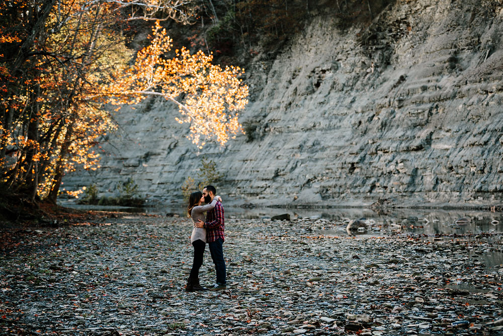 rocky-river-reservation-engagement-photography-cleveland-ohio-4.jpg