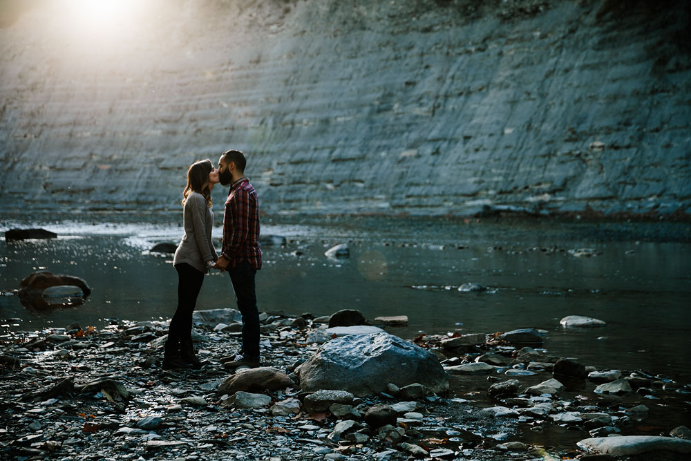 rocky-river-reservation-engagement-photography-cleveland-ohio-13.jpg