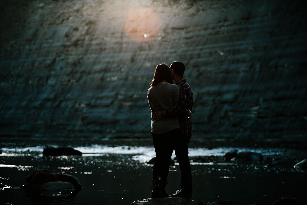 rocky-river-reservation-engagement-photography-cleveland-ohio-15.jpg