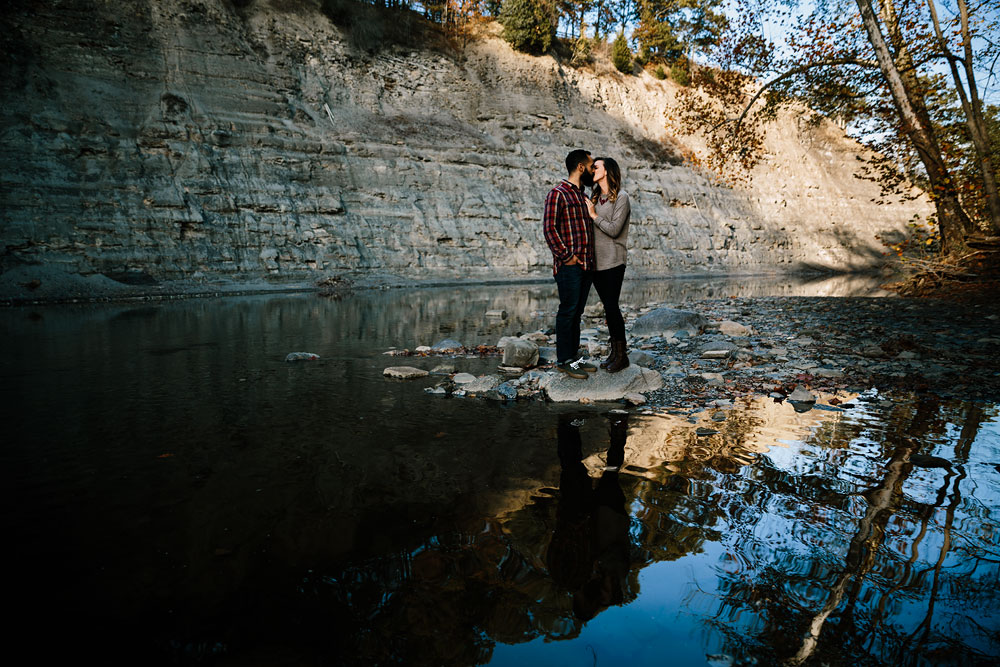 rocky-river-reservation-engagement-photography-cleveland-ohio-17.jpg