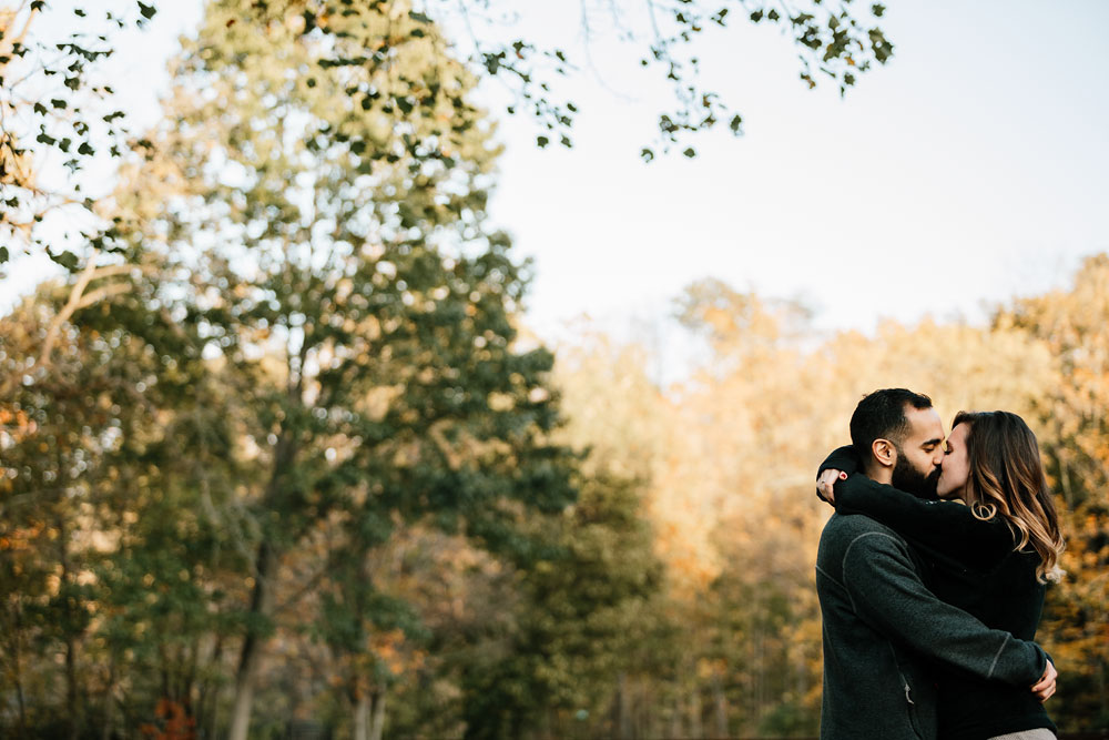 rocky-river-reservation-engagement-photography-cleveland-ohio-33.jpg