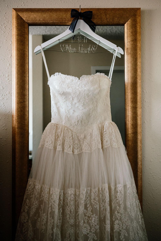 happy-days-lodge-cuyahoga-valley-national-park-wedding-photographers-peninsula-ohio-10.jpg