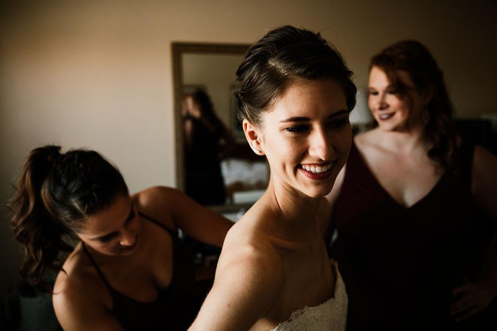 happy-days-lodge-cuyahoga-valley-national-park-wedding-photographers-peninsula-ohio-19.jpg