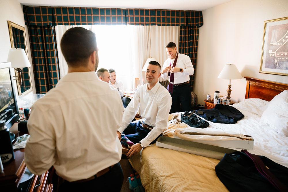 happy-days-lodge-cuyahoga-valley-national-park-wedding-photographers-peninsula-ohio-23.jpg