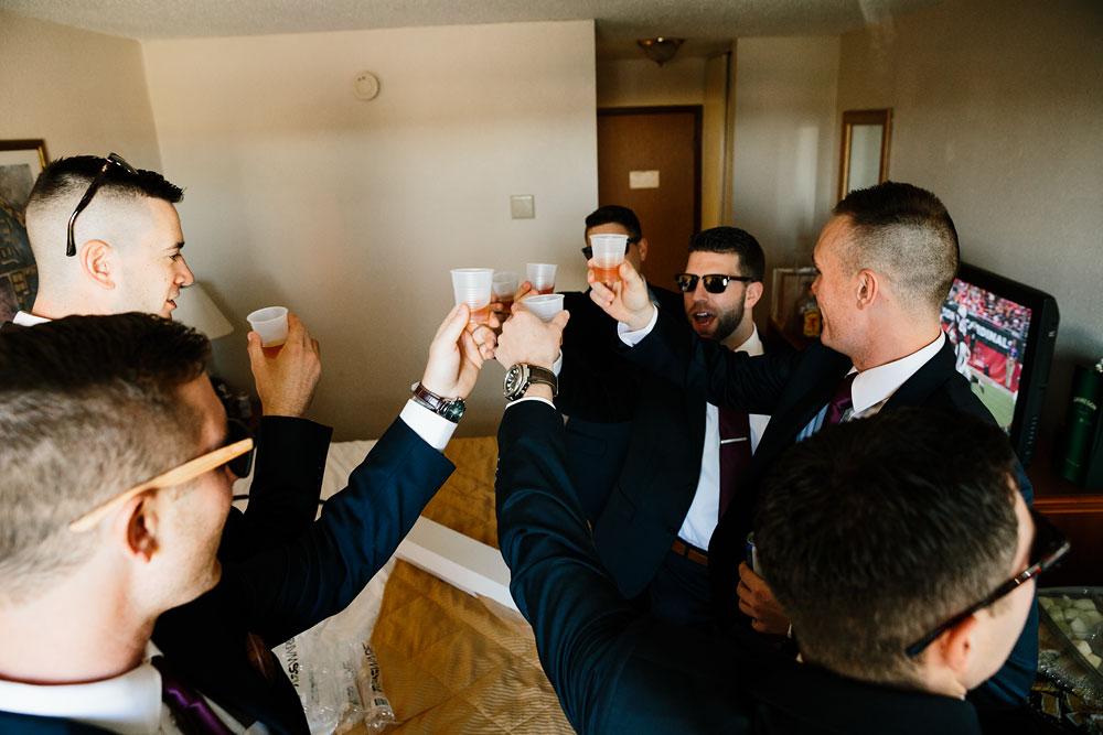 happy-days-lodge-cuyahoga-valley-national-park-wedding-photographers-peninsula-ohio-36.jpg