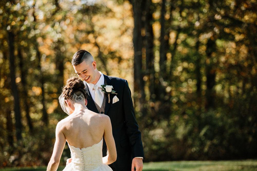 happy-days-lodge-cuyahoga-valley-national-park-wedding-photographers-peninsula-ohio-56.jpg