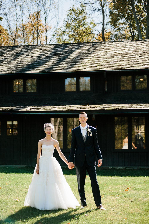 happy-days-lodge-cuyahoga-valley-national-park-wedding-photographers-peninsula-ohio-57.jpg